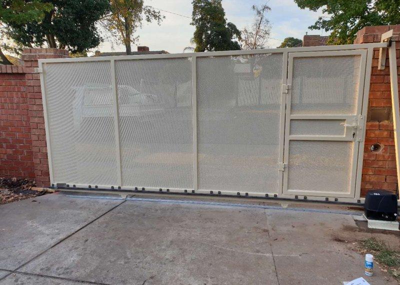 sunny welding metal gate