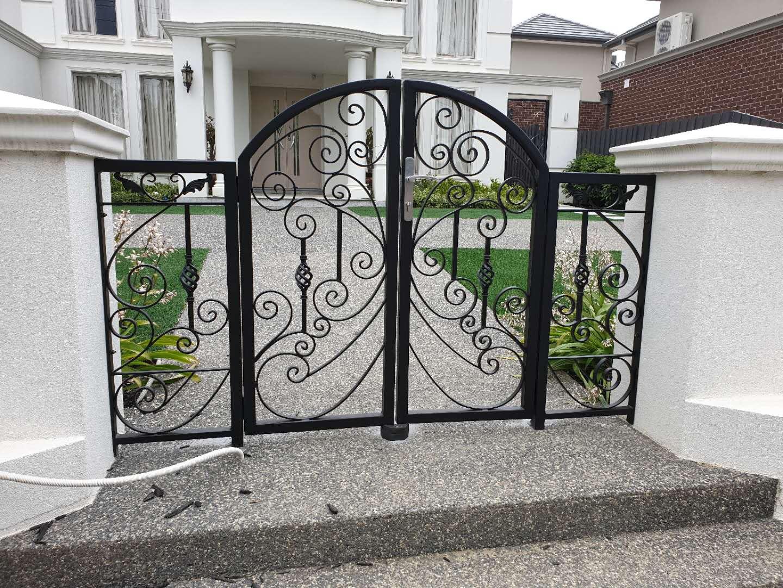 sunny welding metal gates